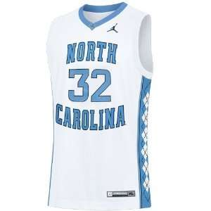 com Nike North Carolina Tar Heels (UNC) #32 White Replica Basketball