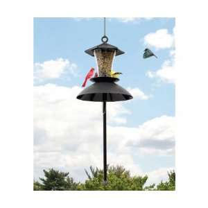 The Effort Less Hang Up w/Squirrel Guard (Bird Feeders) (Seed Feeders